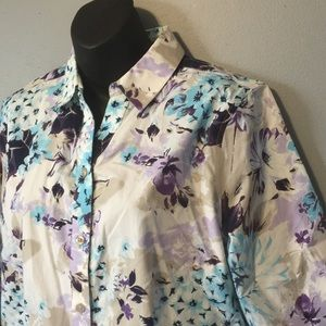 Chico's size 1 Floral Blouse